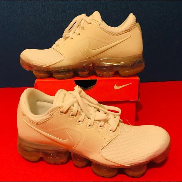 a66b4476d55 New Nike VaporMax GS Running Youth White Metallic